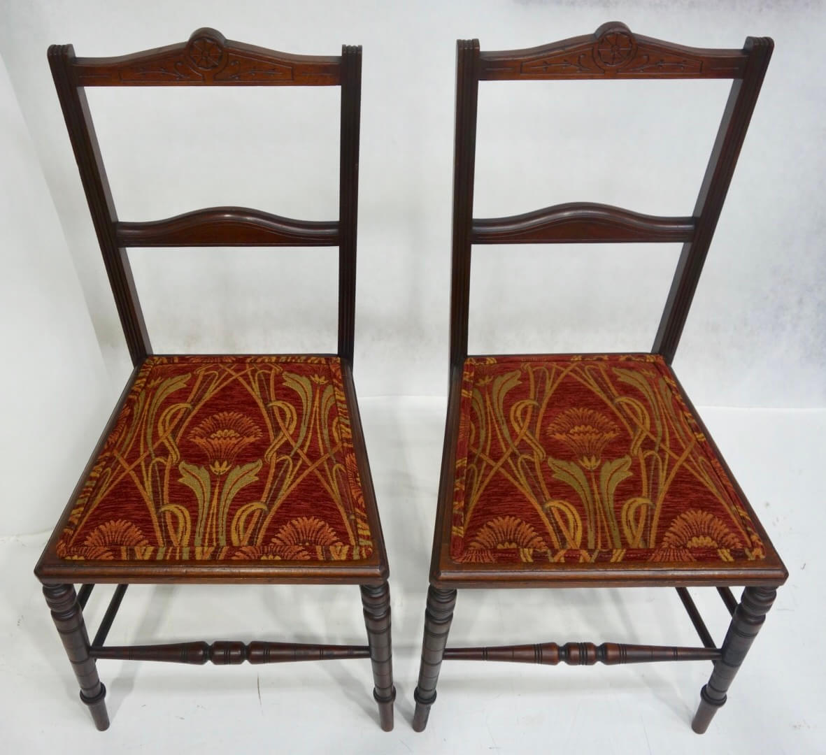 1900s-chairs