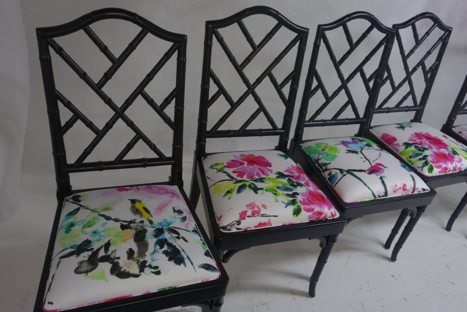 floral-dinig-chairs