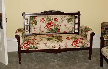 foyer-sofa-thumb