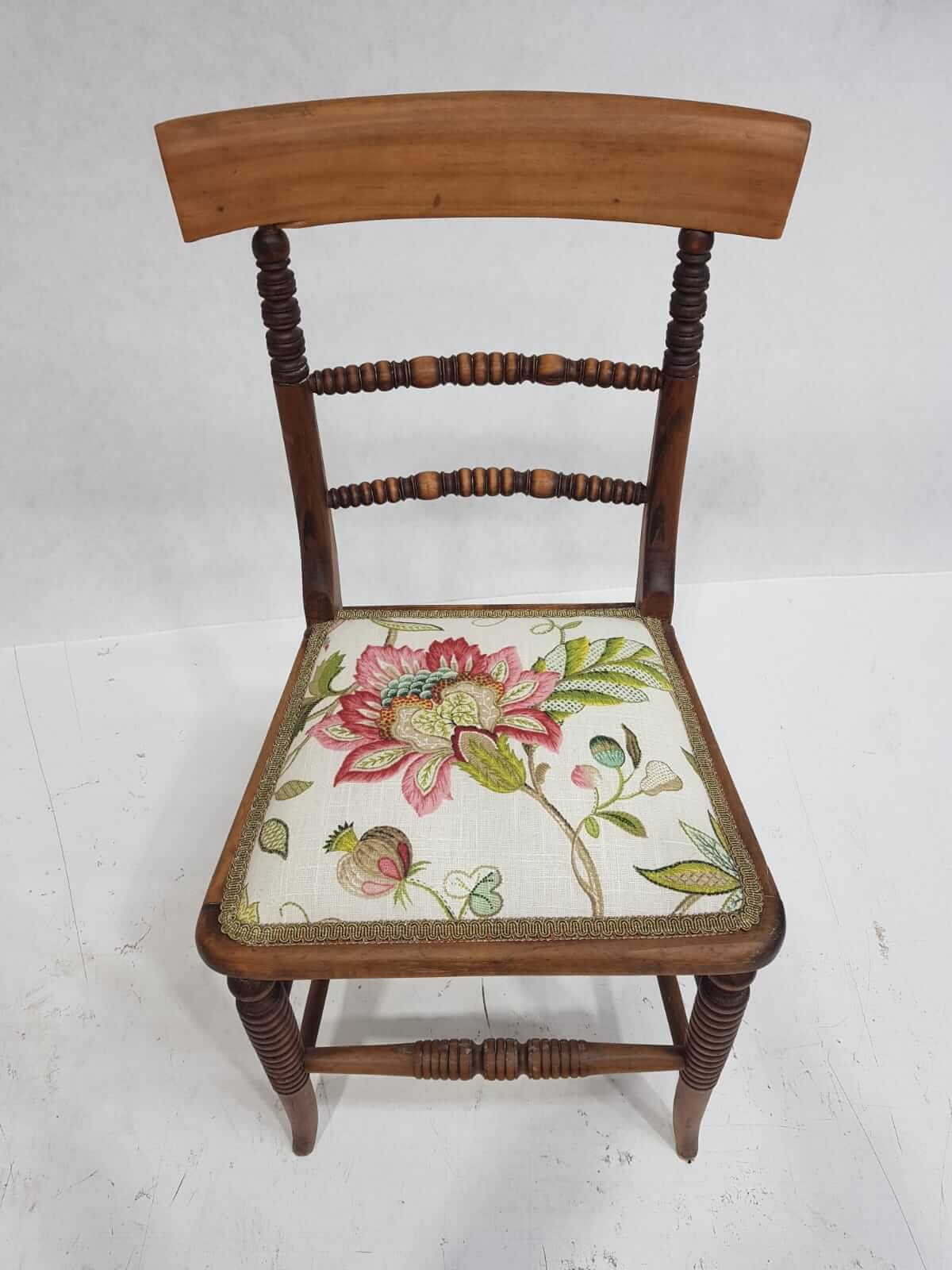 new-dining-chair